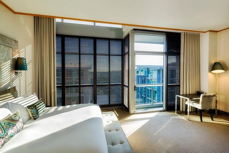 1000-3-Luxury-Room-Atrium