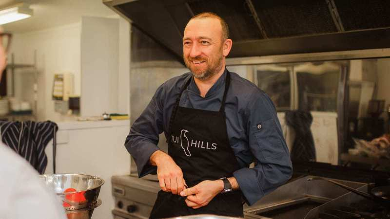 Tui-Hills-Chef-Stephen-Weeks-01