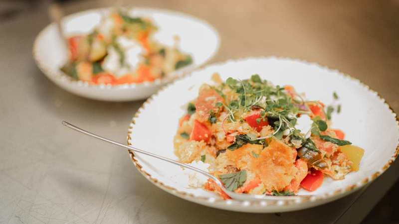 Tui-Hills-Free-Range-Chef-salads-01
