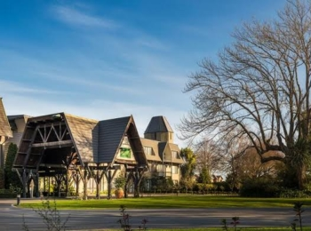 Chateau on the Park – Christchurch, a DoubleTree by Hilton